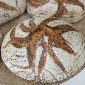 Sourdough bread 680
