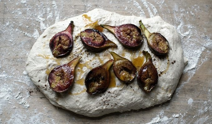 figs on dough- 680