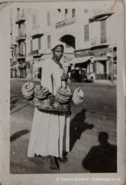 1900 – Selling bread - Cairo, Egypt