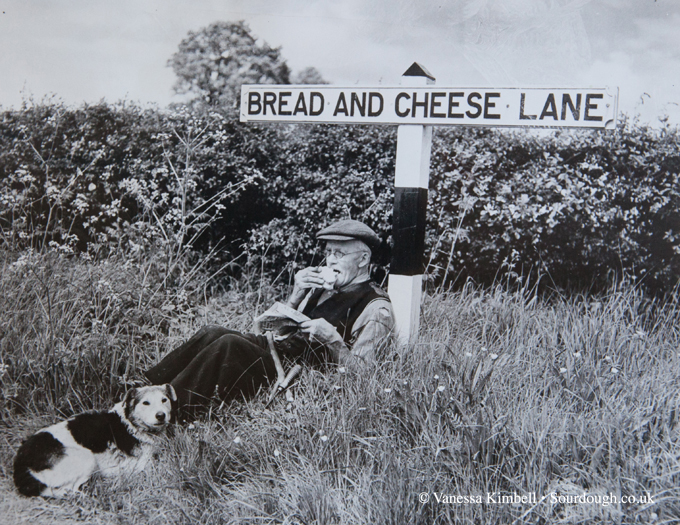 1952 – Bread and Cheese Lane in Hoddeson – Herts, UK
