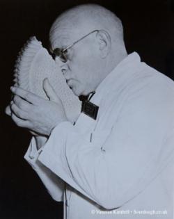 1959 – Bread judging