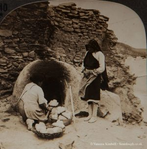 1901 – Baking bread- Mexcio