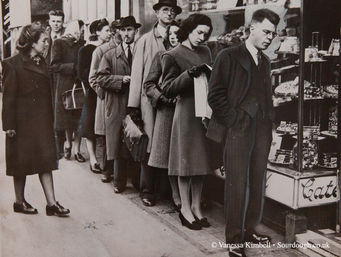 1947 - War rationing – London