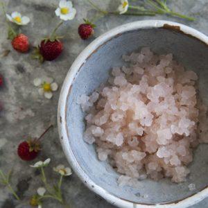 Elderflower strawberry and rose water kefir
