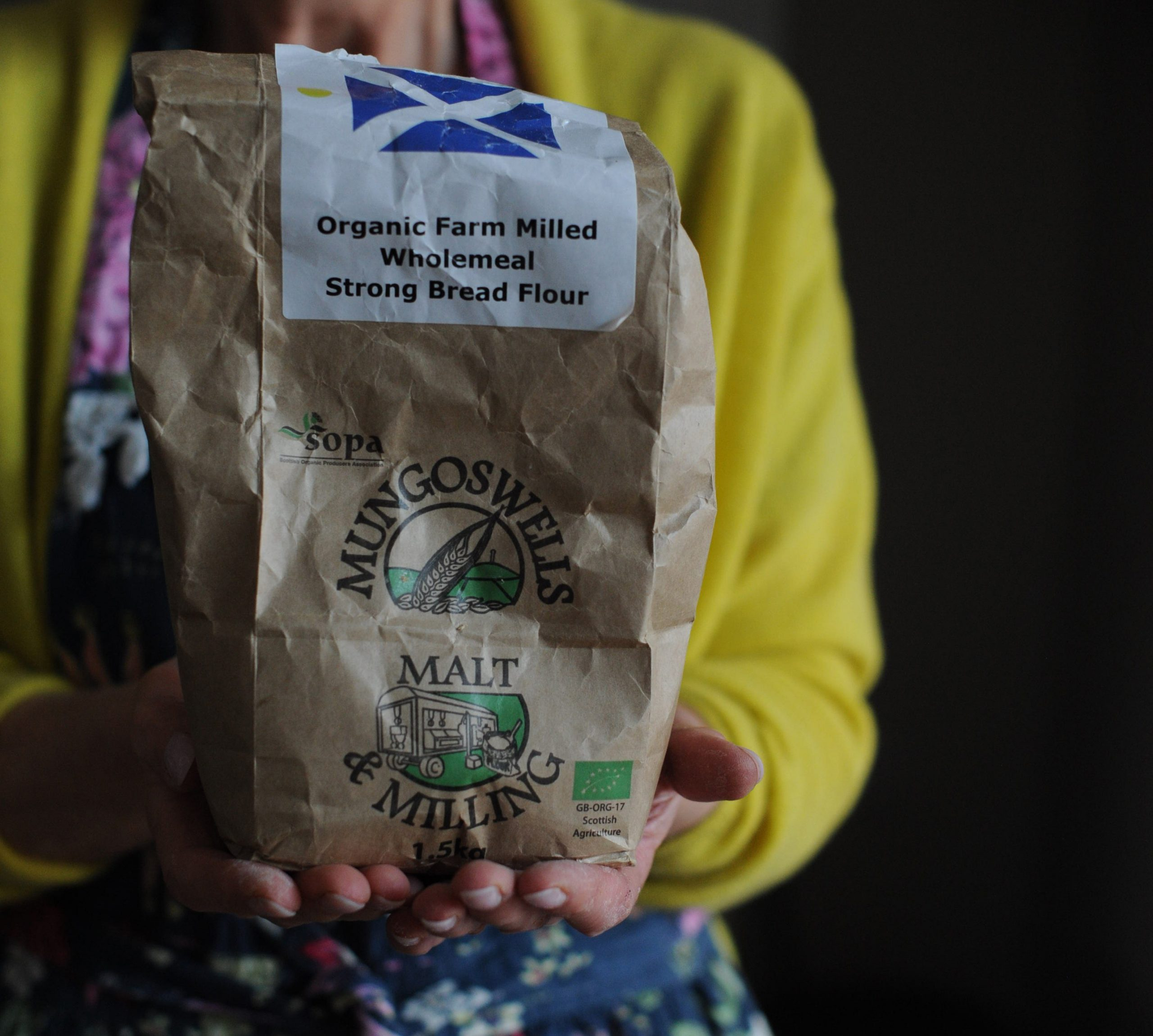 Mungoswells organic wholemeal bread flour